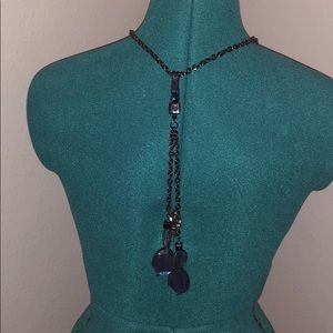 Long necklace, perfect to wear with a Maxi Dress